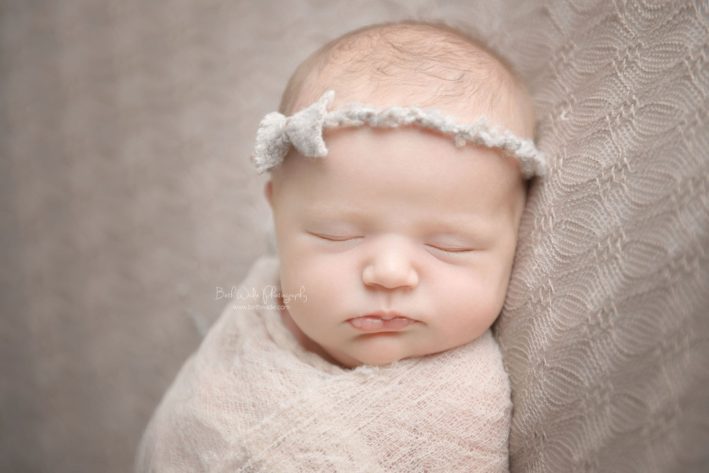 the littlest sister at 11 days young ~ new family of 6 {charlotte newborn photos}