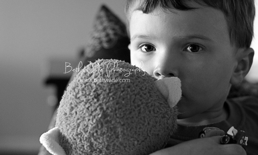 texture, grayscale and friday the 13th – charlotte family photographer