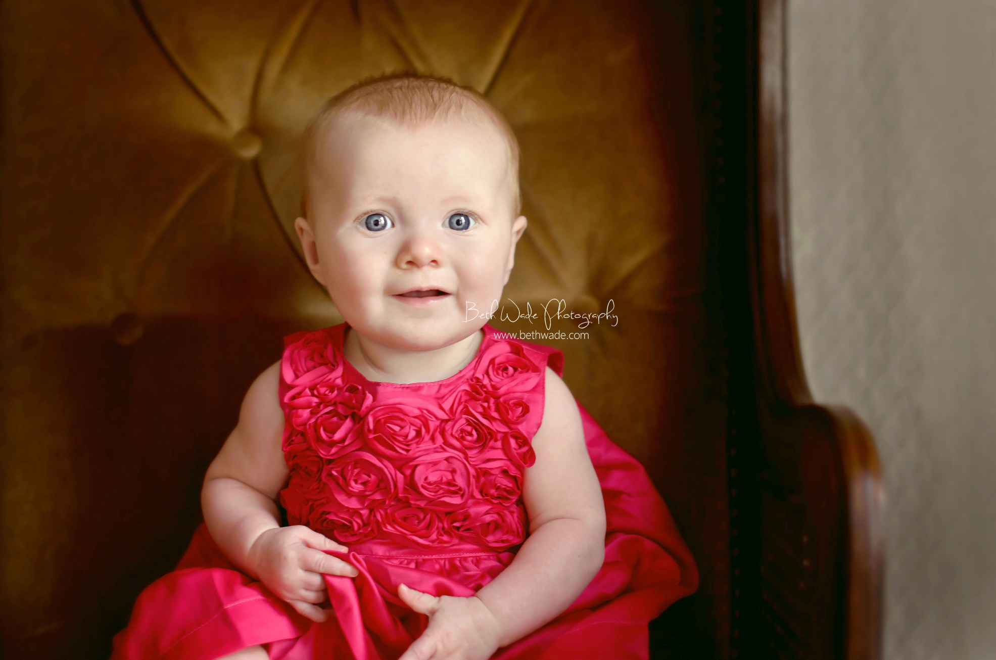 6 month old baby girl  {4 generations of women} charlotte family photographer