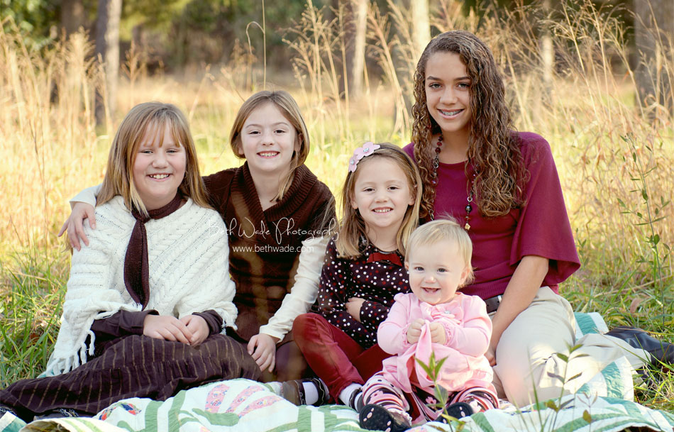 sweet family of 7! 5 sisters {charlotte family photographer}