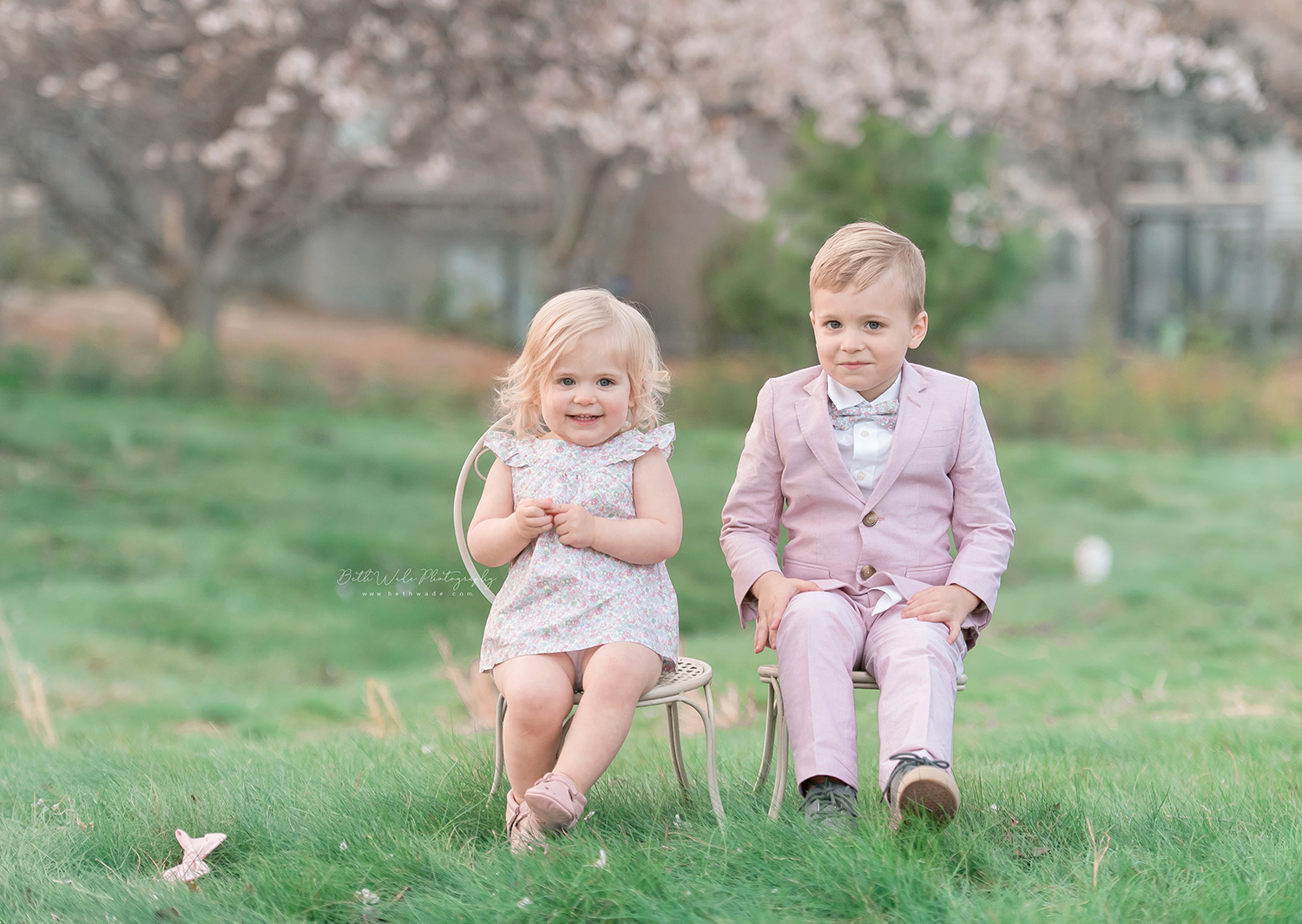 gorgeous pastels ~ spring family photos {lake wylie baby photographer}